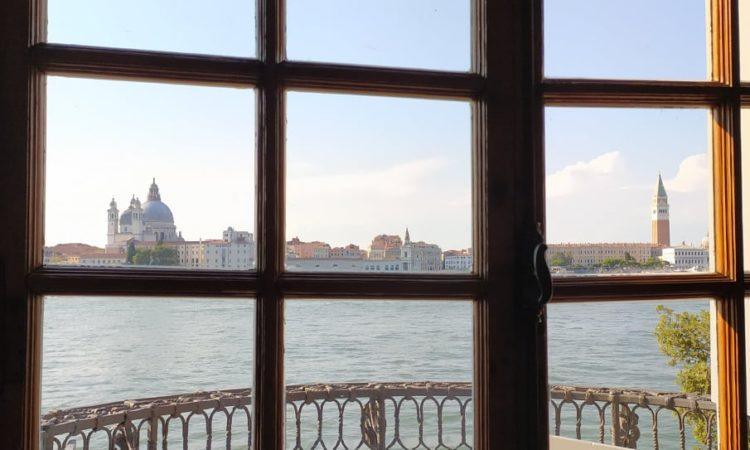 Lartigue e Cartier-Bresson a Venezia. La fotografia è un attimo di felicità.