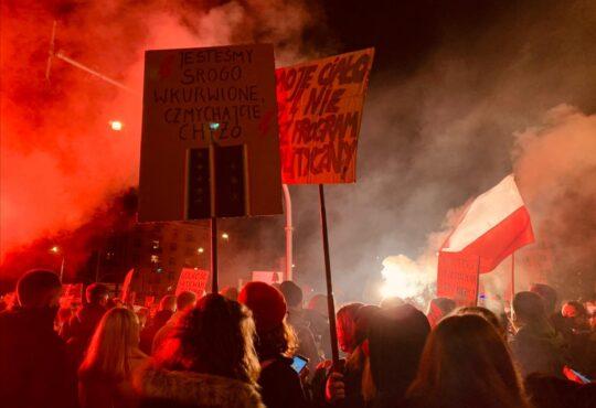 Polonia divieto dell'aborto