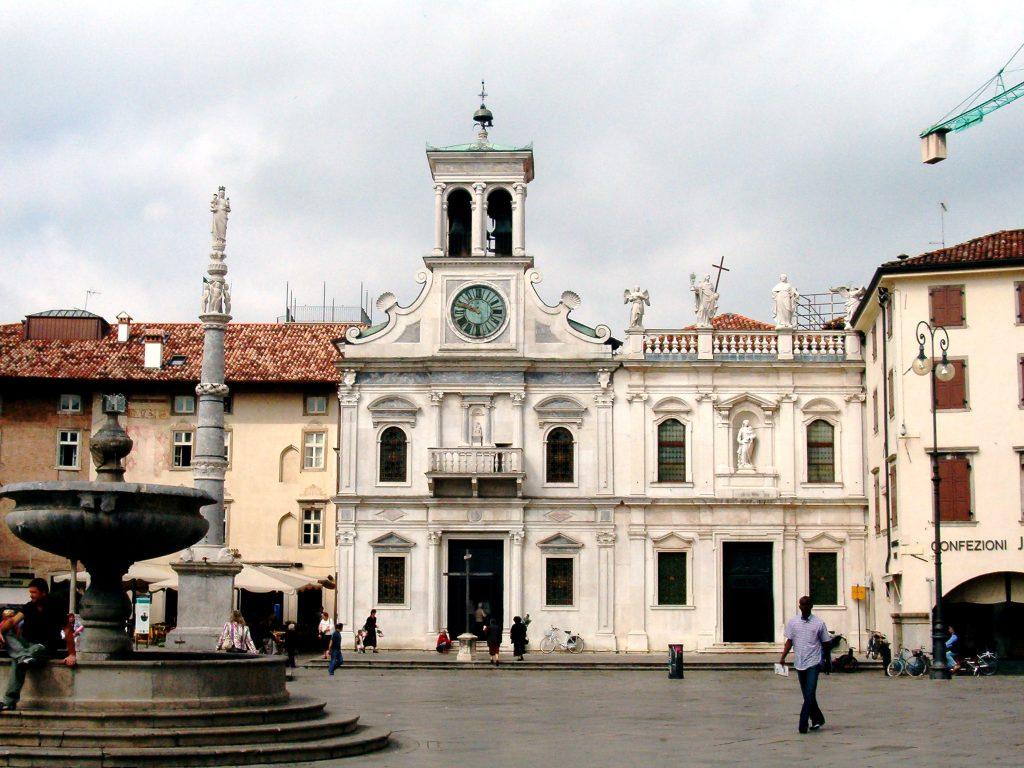 Piazza Matteotti, Udine